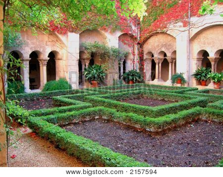 Provence Cloister