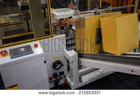 poster of Fully Automatic Carton / Box Erector Machine