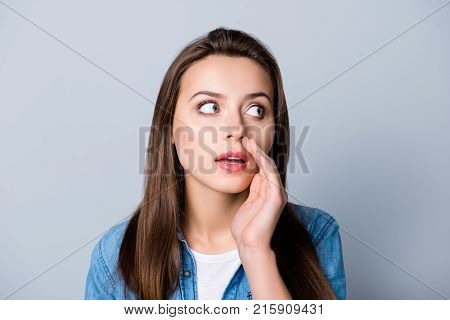 Close Up Portrait Of Cute Beautiful Gossip Girl Touching Mouth And Telling Secret , Looking Side, Ma