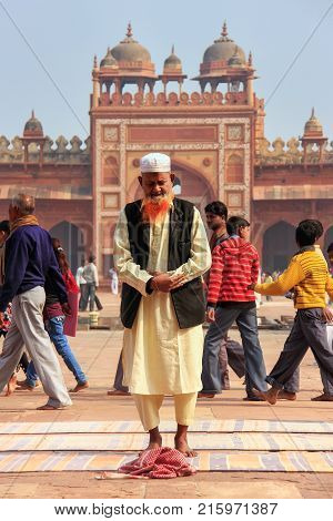 Fatehpur Sikri, India-january 30: Unidentified Man Stands In The Courtyard Of Jama Masjid On January