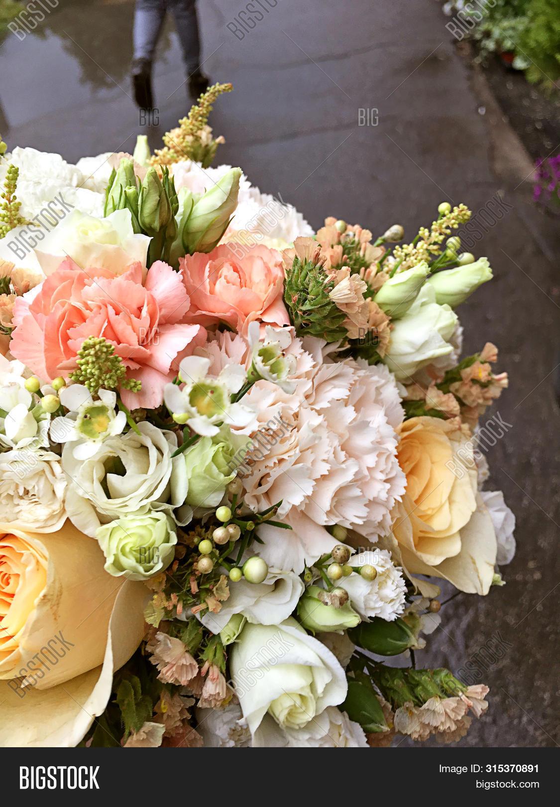 Wedding Bouquet Fresh Image Photo Free Trial Bigstock