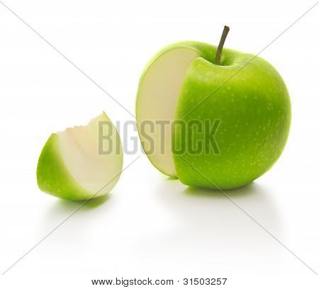 green apple and slice