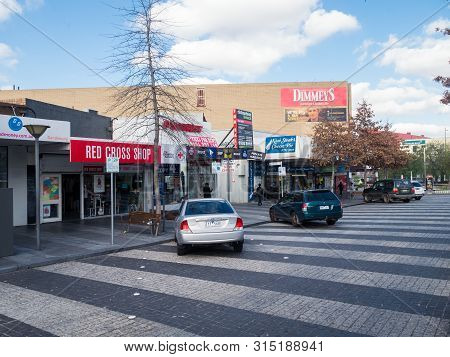 Melbourne, Australia - July 31, 2019: Shops Lining The Lonsdale Street Service Road In Central Dande