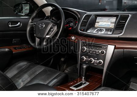 Novosibirsk, Russia - July 12, 2019:   Nissan Teana, Close-up Of The Dashboard, Adjustment Of The Bl