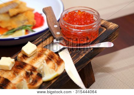 Great Appetizer Of Salmon Caviar. Sandwiches With Red Caviar .