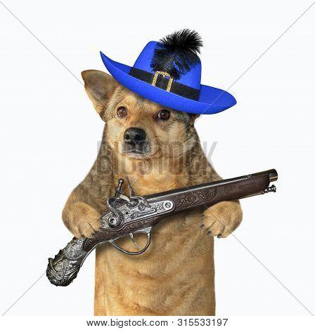 Flintlock Pistol Images, Illustrations & Vectors (Free