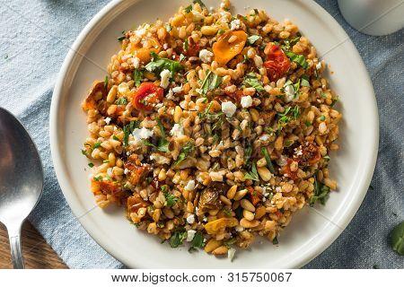 Homemade Healthy Farro Tomato Salad