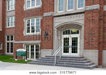 Education Center On The Campus Of The University Of North Dakota