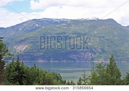 Coastal Mountains My The Howe Sound, British Columbia