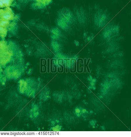 Circular Tie Dye. Batik Watercolor Texture. Abstract Art Backdrop. Green Tye Die Effect. Circle Colo