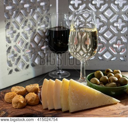 Tasting Of Fortified Andalusian Dry And Sweet Sherry Wine With Traditional Spanisch Tapas, Green Oli