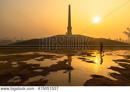 March 2021 Delhi,india. A Beautiful Sunrise View With Reflection In Water At Coronation Park,delhi.