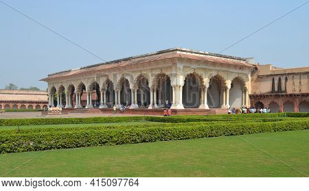 AGRA, INDIA - NOVEMBER 1, 2015: Diwan I Am (Hall of Public Audience). Inside the Agra Fort, a UNESCO World Heritage Site.