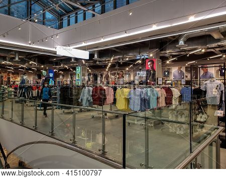 Chicago, Il March 15, 2021, Primark Clothing Department Store Building Interior Clothing Goods For S