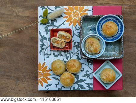 A Traditional Asian Pastry Or Tao Sor On Gift Square Box. Chinese Sweet Pastry Filled With Mung Bean
