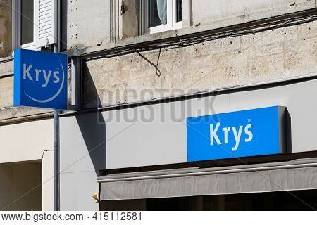 Bordeaux , Aquitaine France - 03 29 2021 : Krys Optic Logo Blue And Text Sign On Optician Medical Sh