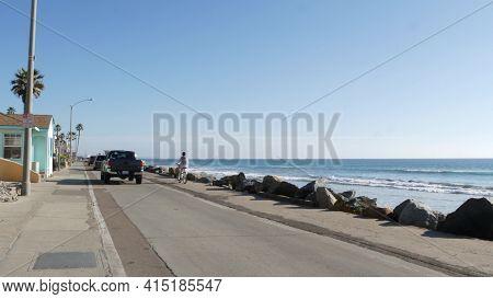 Oceanside, California Usa -16 Feb 2020: People Walking Strolling On Waterfront Sea Promenade, Beachf