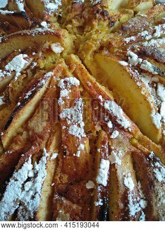 A Tasty And Fresh Homemade Apple Pie Cake Closeup Pic