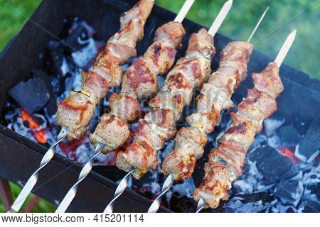 Bbq, Meat Roasted, Skewers Meat, Barbecue, Charcoal Grill Meat