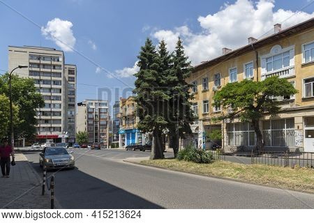 Kardzhali, Bulgaria - July 19, 2020: Typical Building And Street At The Center Of Town Of Kardzhali,