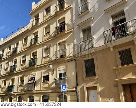 Cadiz, Andalusia, Spain - December 25, 2019: Building In Old Town Part Of Ancient City Of Cadiz