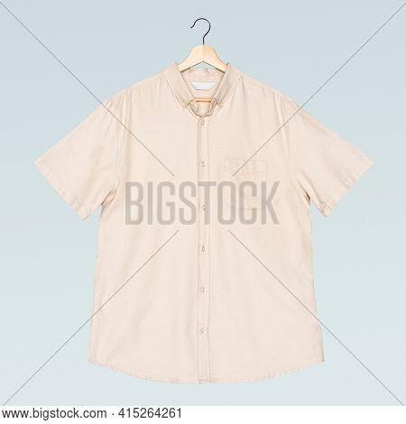 Men's beige short sleeve shirt casual apparel