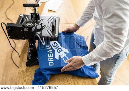 Tshirt Print Heat Press. Custom T Shirt Printing Machine