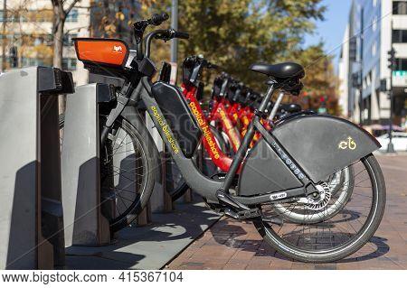 Washington Dc, Usa 11-08-2020: A Capital Bikeshare Company Bicycle Rental Station Near White House.