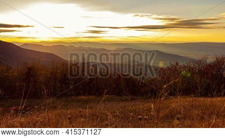 Sunset At Shenandoah Valley As Observed From A Scenic Outlook By The Skyline Drive. Blue Ridge Mount