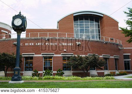 Frederick, Md, Usa 08/14/2020:  Exterior View Of C. Burr Artz Public Library Located In Carroll Cree