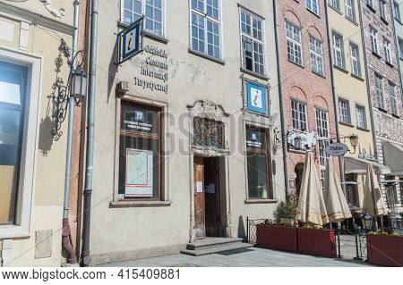 Gdansk, Poland - March 31, 2021: Tourist Information Office At Old Town Of Gdansk.