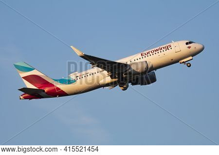 Vienna, Austria - May 13, 2018: Eurowings Airbus A320 Oe-iqb Passenger Plane Departure And Take Off
