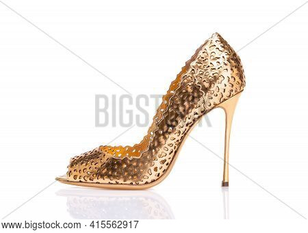 Gold Shoes With Heels. Beautiful Womens High-heeled Shoes. Evening Party Shoes.
