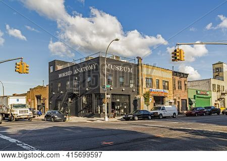 New York, Usa - Oct 26, 2015: Outside View To The Building Of The Morbid Anatomy Museum In New York,