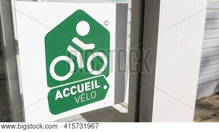 Bordeaux , Aquitaine France - 03 29 2021 : Accueil Velo Logo Text And Sign Means In French Bicycle B