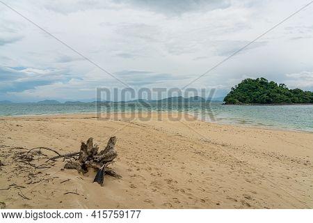 Beautiful Beach In Koh Yi Pun Island In Andaman Sea, Ranong, Thailand