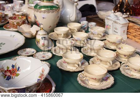 Antiques On Flea Market Or Festival - Vintage Porcelain Tea Cups, Tableware And Other Vintage Things