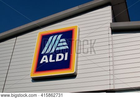 March 2021 : Aldi Supermarket Sign On A Store Building In Ticino. Aldi Is A German Company And One O