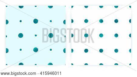 Graphic Watercolor Polka. Seamless Spot Repeat. Blue Geometric Wallpaper. Watercolor Polka Tile. Vin