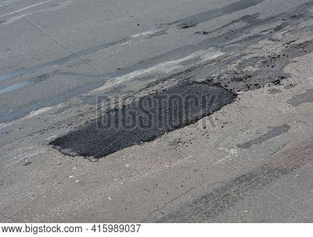 Pothole Asphalt Patching, Asphalt Road Crack Pothole Repair, Driveway, Pavement Patching Repair.