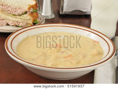 Chicken Con Queso Soup With A Sandwich