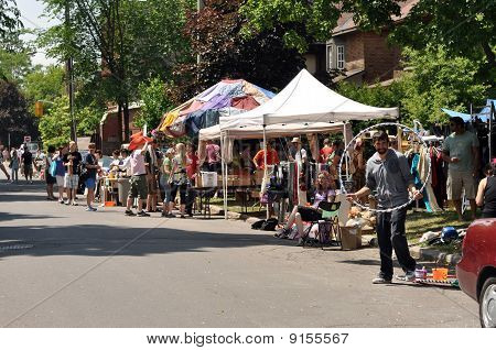 Annual Glebe neighborhood garage sale