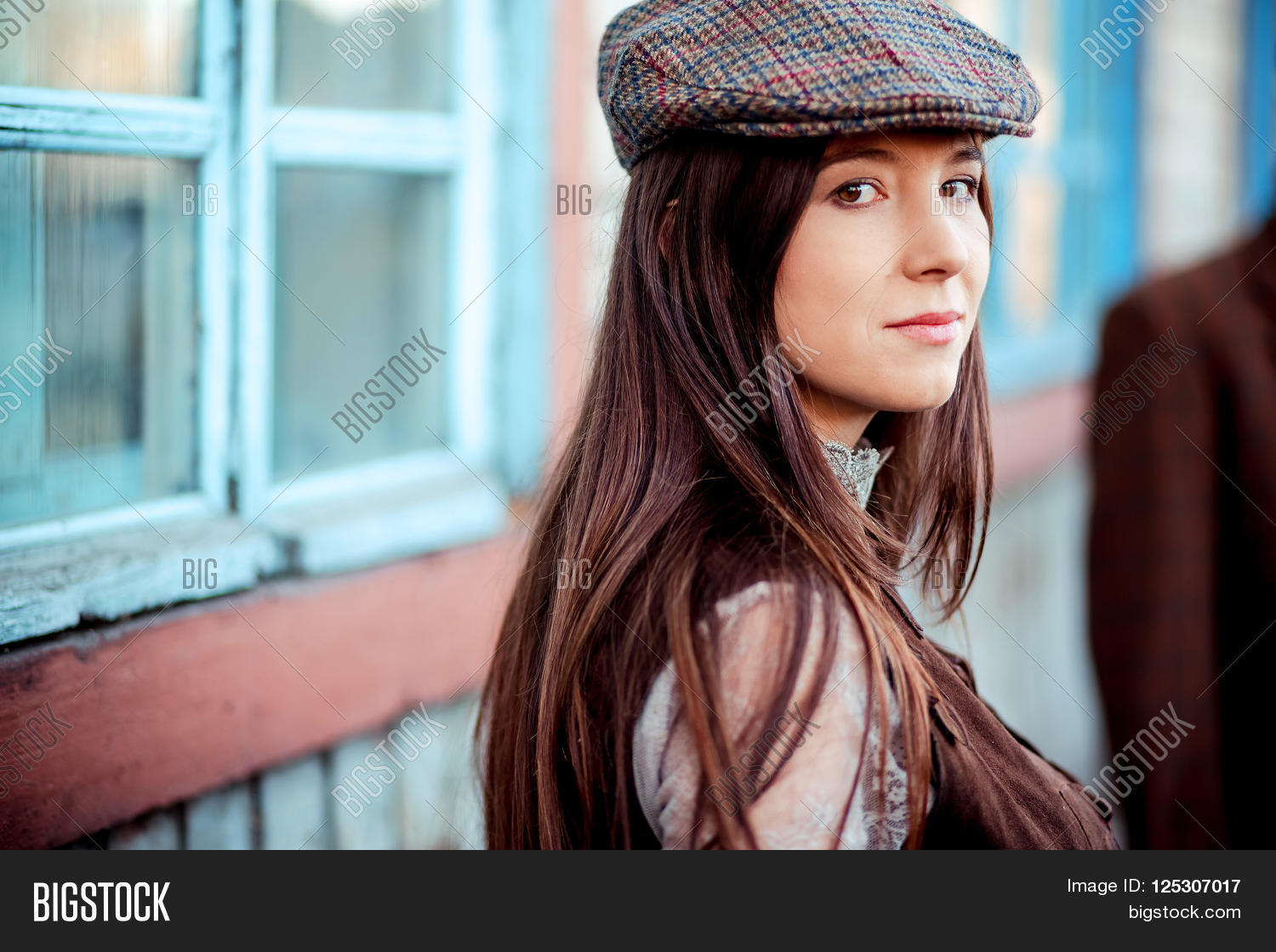 Young woman wearing tweed flat cap old fashioned portrait brown clothes aca042d83a9