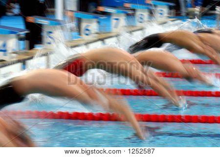 Mens Backstroke Start 01
