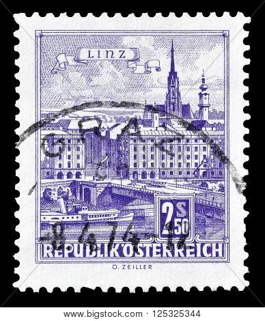 AUSTRIA - CIRCA 1962:  Cancelled postage stamp printed by Austria, that shows Danube Bridge in Linz.