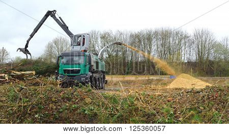 Large industrial wood chipper and shredder machine