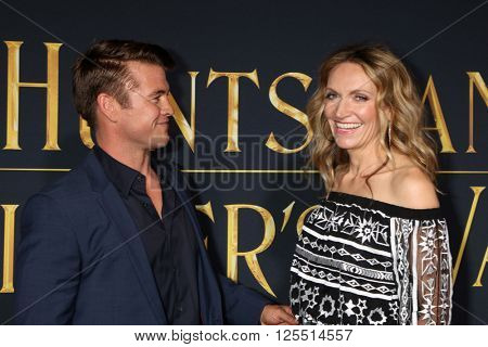 LOS ANGELES - APR 11:  Luke Hemsworth, Samantha Hemsworth at the The Huntsman Winter's War American Premiere at the Village Theater on April 11, 2016 in Westwood, CA