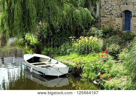 Pontrieux (Cotes-d'Armor Brittany France): boat and flowers