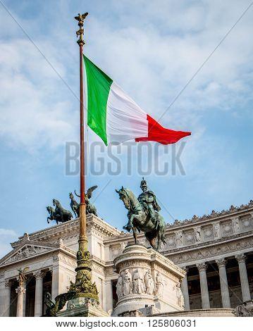 Italian flag upon the Monument to Vittorio Emanuelle II