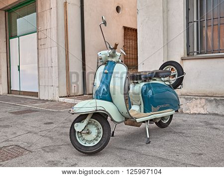 VOLTANA DI LUGO (RA) ITALY - APRIL 10: vintage Italian scooter Lambretta Li 150 Series 2 (1960) in motorcycle rally